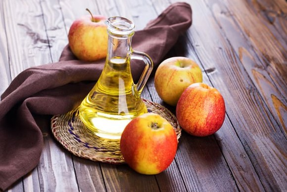 apple cider vinegar to treat food poisoning