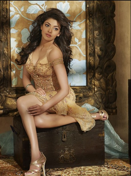 hot images of kajal agrawal HD wall paper
