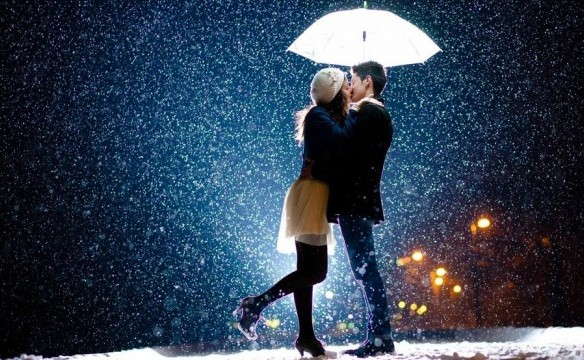 kissing couple love under umbrella hd wall paper