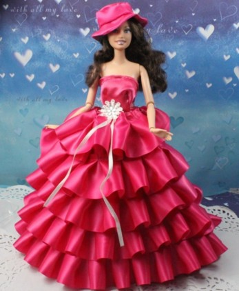 presentable red gown barbie doll hd wall paper