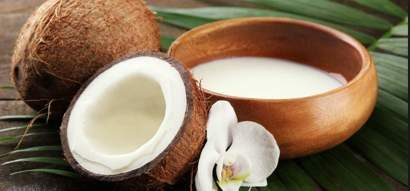 Hot Coconut Milk To Remove Dandruff