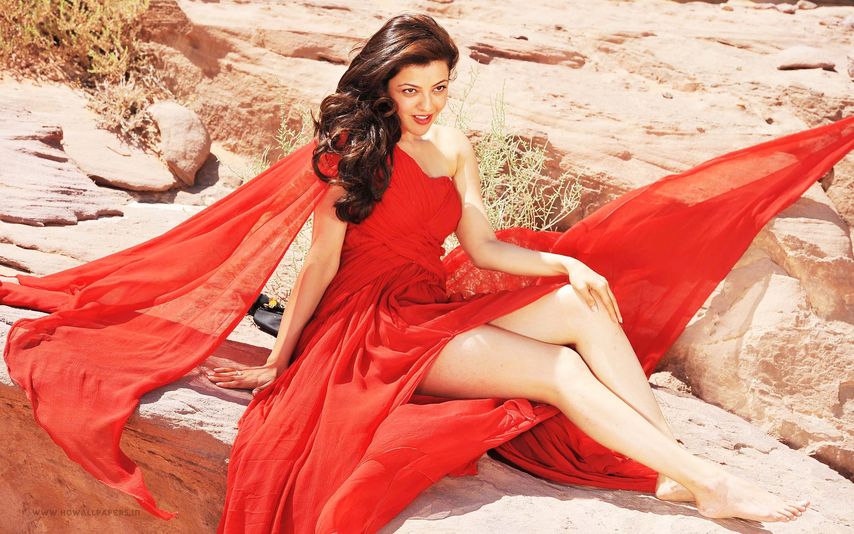 kajal aggraawal wallpapers for iphone