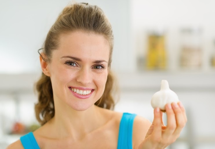 Garlic To Get Rid Of Pimple On Nose