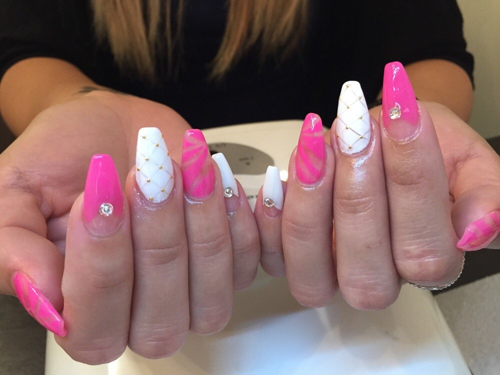 How To Take Off Acrylic Nails At Home Without Acetone