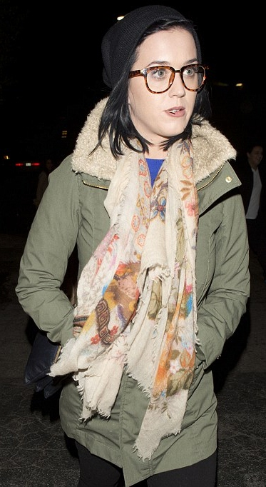 Katy Perry in spectakles