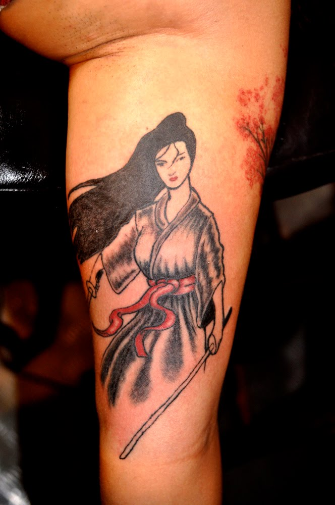 female samurai tattoo design