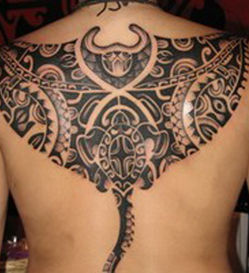 carved maori tattoo design