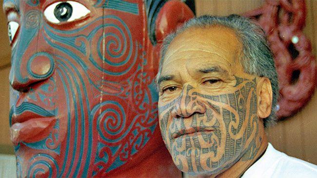half face maori tattoo