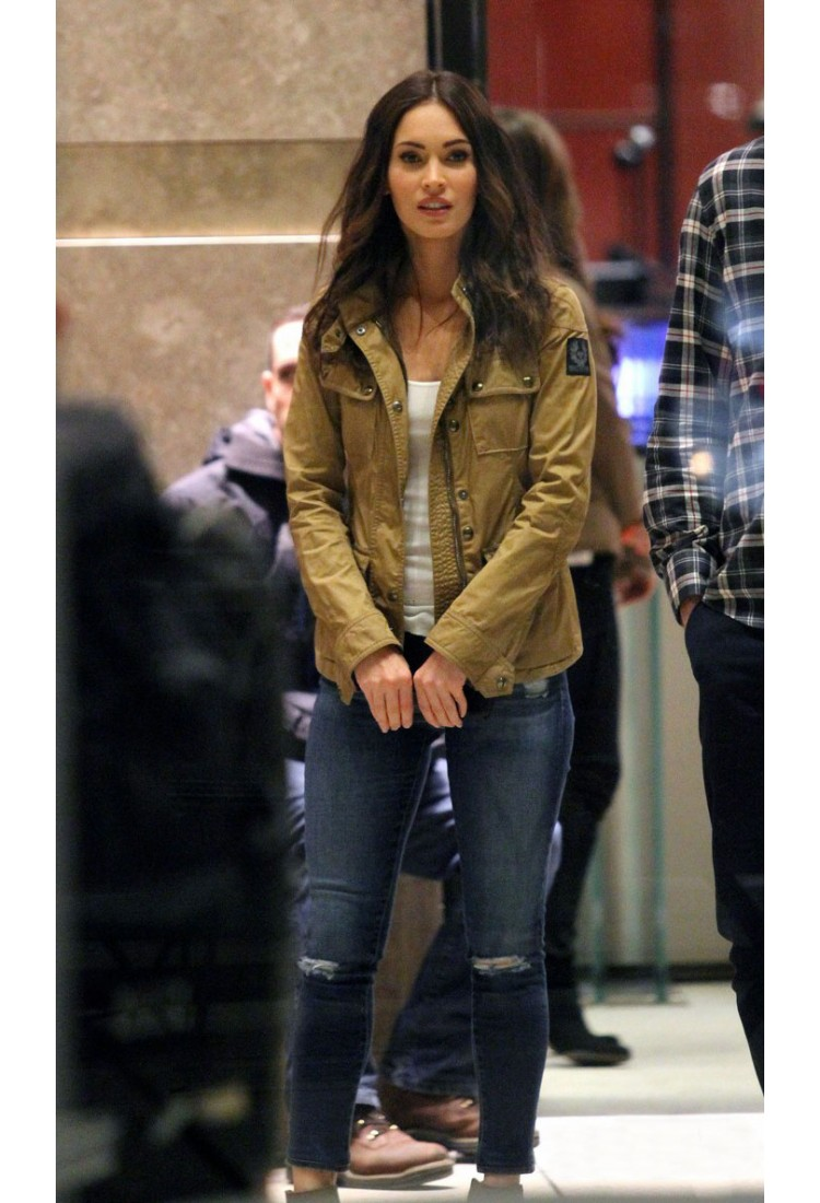 megan fox without makeup in jacket